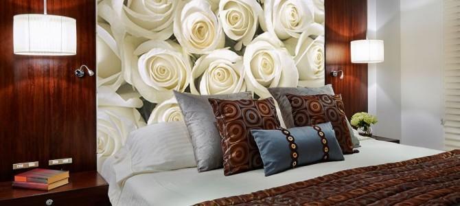 Kwiatowe wzory – tapety, naklejki, drukowane obrazy